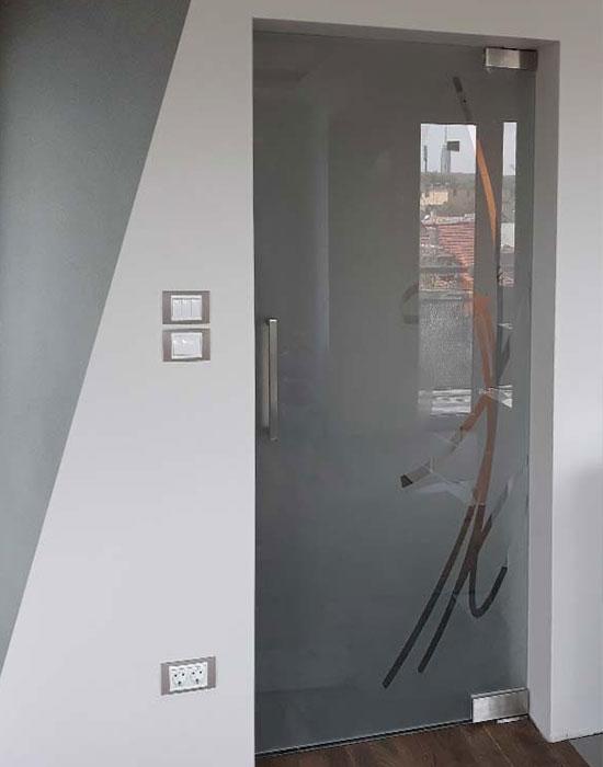 stuklena-interiorna-vrata-pesukostruj