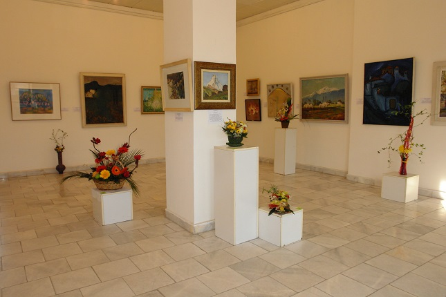 Hud. galeria