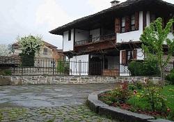 Райкова къща