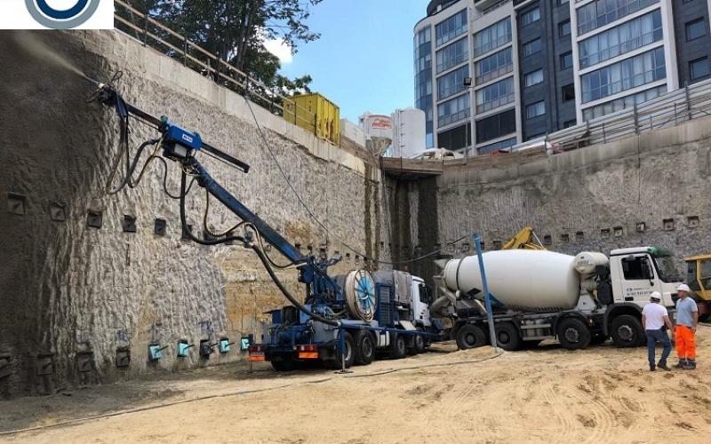 4. пръскан бетон на шлицова стена